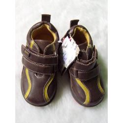 Zapatos marrones a estrenar t 21
