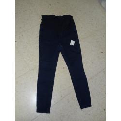 Pantalon elastico embarazada T 42. Segunda mano
