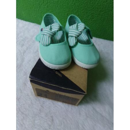 Zapatillas victoria verde menta T 23