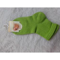 Calcetines verdes 12-24 meses. A estrenar. Condor