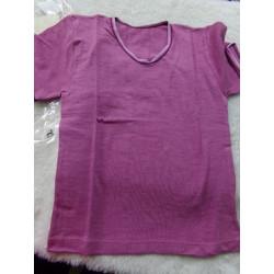 Camiseta  morada interior. Talla 4 años. A estrenar