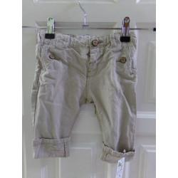 Pantalón Zara talla 6-9 meses. Segunda mano