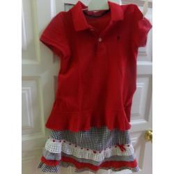 Camiseta y faldita de Carolina Herrera. Talla 6 años. Segunda mano