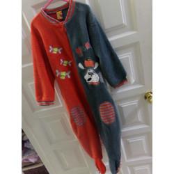 Pijama entero talla 4 años. Segunda mano