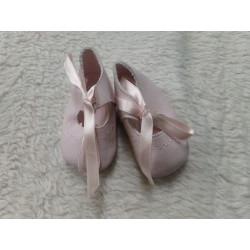 Zapato rosa piel N 17. Segunda mano