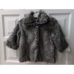 Abrigo de pelito gris talla 2 años. Segunda mano