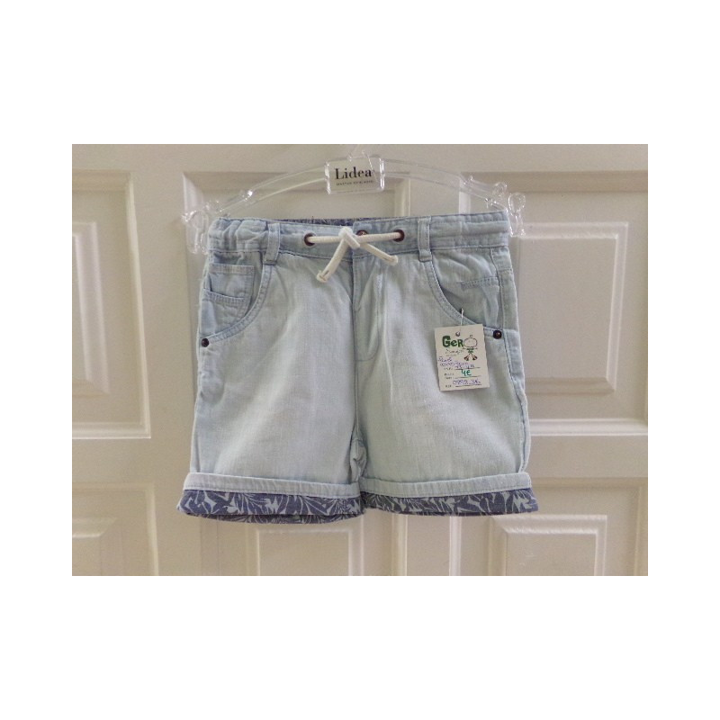 Pantalón corto de Zara talla 3-4 años. Segunda mano