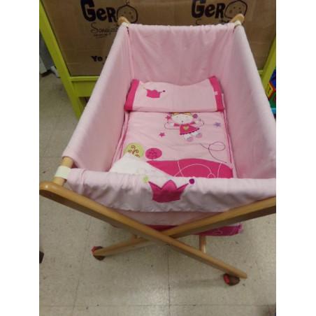 Minicuna rosa con sábanas de regalo. Segunda mano
