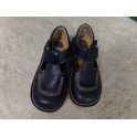 Zapato de piel marino N 28. Segunda mano