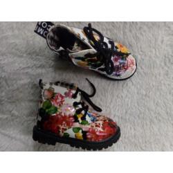 Bota flores T23