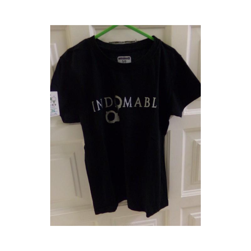 Camiseta talla 5-6 años. Segunda mano
