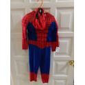 Disfraz spiderman talla 2-4 años. Segunda mano