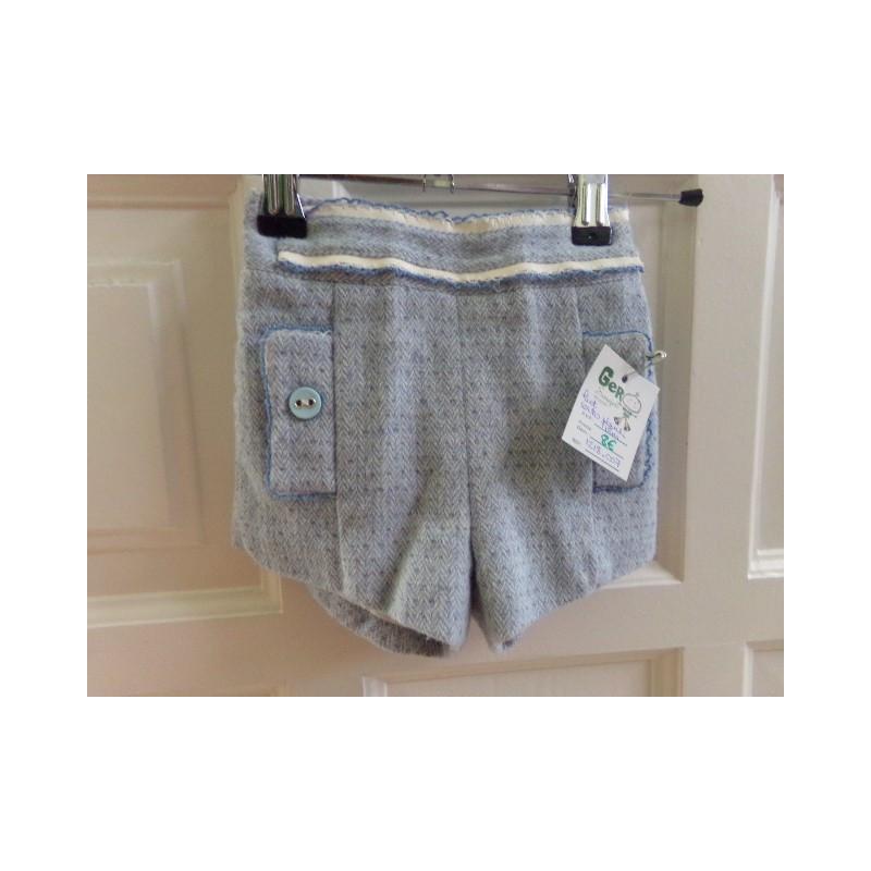 Pantalon corto Kauli talla 18 meses. Segunda mano