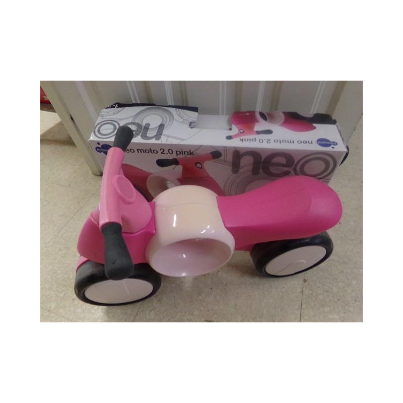 Moto Neo rosa. Segunda mano