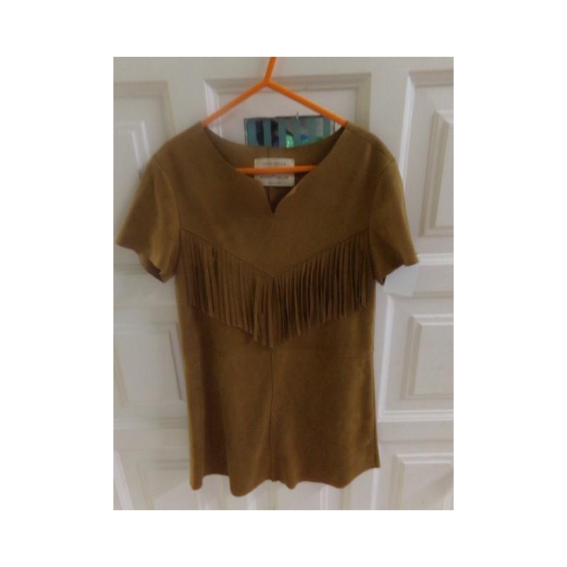 Vestido de ante marrón 6-7 años