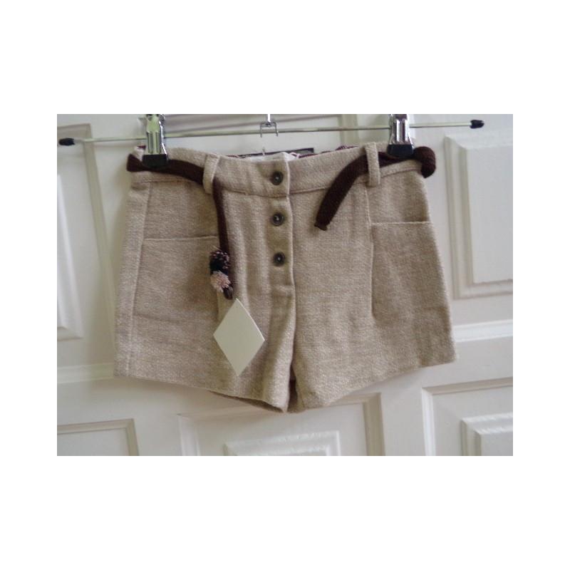 Pantaloncito talla 3-4 años. A estrenar