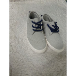 Zapato gris T24