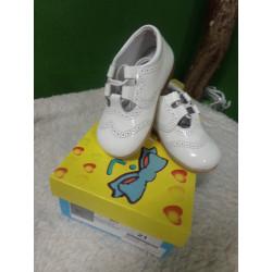 zapato blanco T21