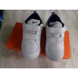 Tenis Nike 26