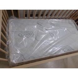 Cuna ikea con colchón