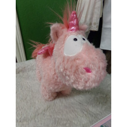 Unicornio peluche 22 cm....