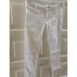 Pantalon blanco Levis talla...