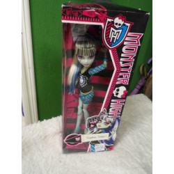 Muñeca Monster High. Sin uso