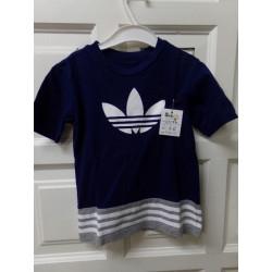 Camiseta Adidas talla 5...