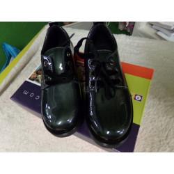 Zapato negro  N 29....