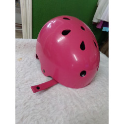 Casco rosa Decathlon....
