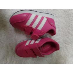 Tenis Adidas rosa N 21....