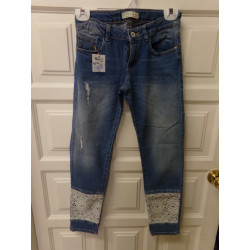 Pantalón Zara talla 9-10...