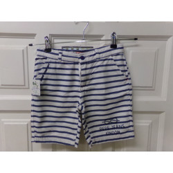Pantalón corto talla 8...