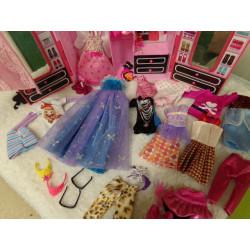 Armario de Barbie. Segunda...