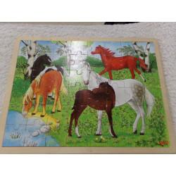 Puzzle de madera. Segunda mano