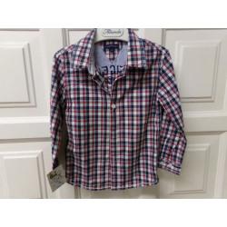 Camisa Tommy Hildfiger....