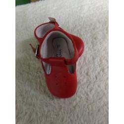 Zapato rojo N 17. Segunda mano