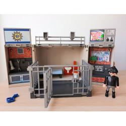 Cofre cuartel Playmobil....