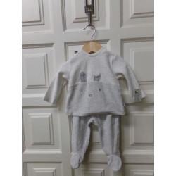 Pijama talla 6 meses....