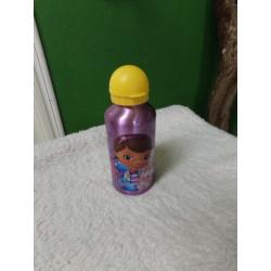 Botella de agua. Sin uso