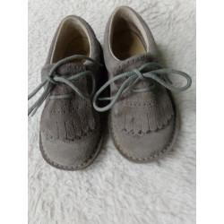 Zapato gris piel vuelta N...