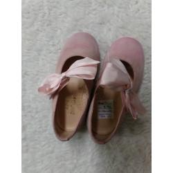 Zapatos rosa n 24. Segunda...