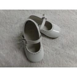 Zapato charol N 20 blanco....