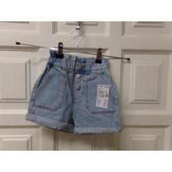 Pantalón corto talla 4...