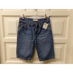 Pantalón corto talla 10...