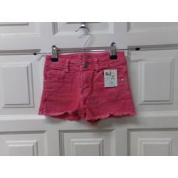 Pantalon corto Zara talla 6...
