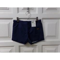 Pantalon corto Carmencitas...