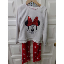 Pijama Mickey talla 8 años....