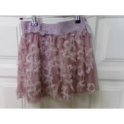 Falda rosa talla 8 años....