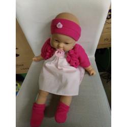 Muñeca Nenuco con ropita....